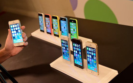Nhiều cửa hàng nhỏ điêu đứng vì iPhone