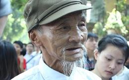 Cựu chiến sỹ Điện Biên òa khóc khi vào viếng Đại tướng