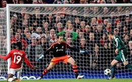 Chấm điểm Man United (1-2) Real: Người hùng Diego Lopez
