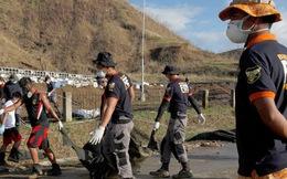 Chuyện những người lượm xác ở 'vùng đất chết' Tacloban