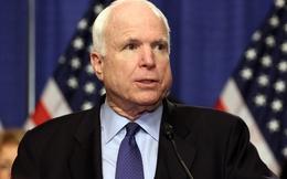 """Người Nga nói về McCain: """"Thượng nghị sĩ Mỹ sao lại ấu trĩ thế!"""""""