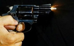 Khách mua dâm nã đạn vào nhân viên nhà nghỉ