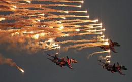 """Những """"Nghệ sĩ – Đấu sĩ"""" bầu trời (P1): Phi đội """"Hiệp sĩ Nga"""""""