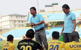 Căng thẳng hạ màn giải hạng Nhất QG Việt Nam 2013