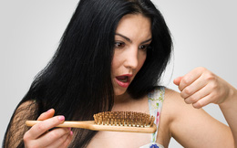 Cùng tìm hiểu 9 nguyên nhân gây rụng tóc ở phụ nữ