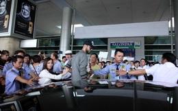 """""""Trai đẹp bị trục xuất"""" tới Việt Nam: Sự giải trí tầm thường"""
