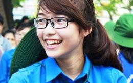 Nụ cười rạng rỡ của những 'thiên thần áo xanh' trong kỳ thi ĐH