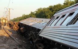 Tàu hỏa trật bánh, 400 hành khách hoảng loạn