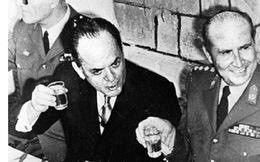 Ngày này năm xưa 25/11: Tổng thống Hy Lạp bị phế truất