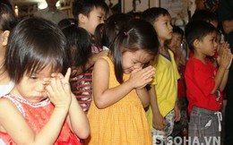 Hàng trăm trẻ em khóc trước bàn thờ Đại tướng tại Bình Dương