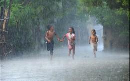Chuyện cảm động viết cho Hà Nội mùa bão lụt