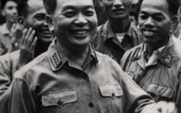 Nhà văn Nguyễn Quang Lập khóc nhớ Đại tướng Võ Nguyên Giáp