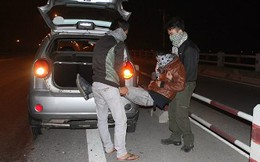Vụ Cát Tường: Nghi phạm thứ ba ngồi trên ôtô ném xác?