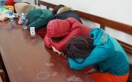 Hà Nội: Phá quán massage 'tới Z'
