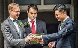Trung Quốc nổi khùng với hôn lễ đồng giới ở nhà đại sứ Anh
