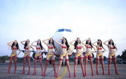 Bộ ảnh Ngọc Trinh mặc bikini trên máy bay bị tố đạo ý tưởng