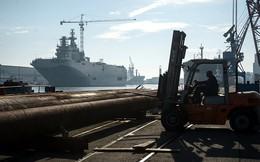 [ẢNH] Pháp âm thầm hạ thủy tàu Mistral thứ hai cho Nga trong đêm