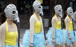 """Dân Trung Quốc """"hoảng loạn"""" trước thảm cảnh ô nhiễm"""