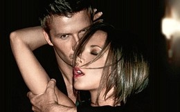 Vợ Beckham kiếm tiền giỏi cỡ nào?