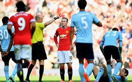 Ai mắng Rooney ngu ngốc nhận thẻ đỏ?