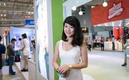 """""""No mắt"""" ngắm mỹ nhân tại triển lãm công nghệ Sài Gòn"""