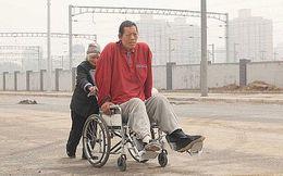 Câu chuyện Thể thao: Người khổng lồ bại liệt!