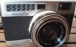 Chiếc máy ảnh cổ hiếm hoi còn sót lại ở Sài Gòn sau 50 năm bôn ba