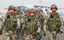 """Thế giới """"phát sốt"""" vì chi tiêu quân sự của Mỹ, Trung Quốc"""