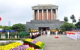 Nghi lễ mới đón đoàn viếng Lăng Chủ tịch Hồ Chí Minh