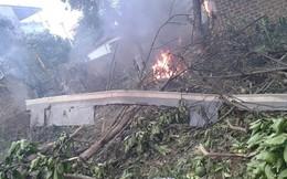 Video: Hình ảnh khủng khiếp của trực thăng bốc cháy tại Hòa Lạc