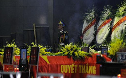 Đang diễn ra Lễ viếng và truy điệu 18 chiến sỹ vụ máy bay rơi