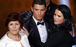 """Cris Ronaldo từng bị mẹ đẻ nhiều lần cố ý """"giết"""" hại"""