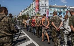 5.000 lính Ukraine, nhiều vũ khí hạng nặng bị vây khốn ở Donetsk