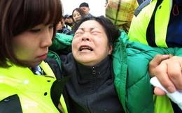 Thi thể học sinh nổi trên biển- Hàn Quốc chìm trong tang tóc