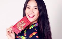Siêu mẫu Phan Hà Phương thướt tha áo dài mừng xuân