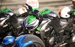 """Kawasaki Z1000: Cầm trịch đoàn mô tô khủng """"rồng rắn"""" đi rước dâu"""