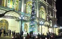Trung tâm thương mại – điểm đến chưa bao giờ cũ trong mùa Giáng Sinh