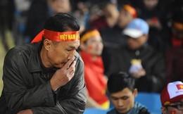 Bóng đá Việt Nam: Sao cứ thua là bị nghi bán độ?