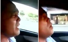 """Lạ: Lái xe người Trung Quốc hát """"Dĩ vãng cuộc tình"""" như Tuấn Hưng"""