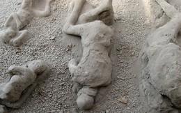 Những xác chết hóa đá  đầy ám ảnh tại Ý
