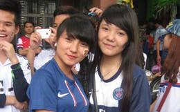 Fan nữ Việt xinh như mộng chào cúp Champions League