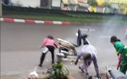 Ngày 8.3, hai phụ nữ dũng cảm dập lửa ngùn ngụt bốc từ xe Lead