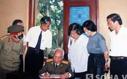 Những lần về thăm quê hương Bác Hồ của Đại tướng Võ Nguyên Giáp