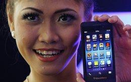 """Tin nóng hot nhất đầu tháng 5: """"Dùng Blackberry Z10 là sự xấu hổ"""""""