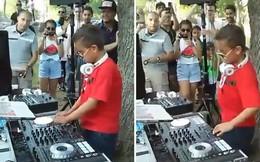 Nhóc tì DJ 9 tuổi chơi nhạc cực chất làm mê mẩn người xem
