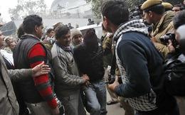Ấn Độ: Hội đồng làng ra lệnh cưỡng dâm tập thể một phụ nữ