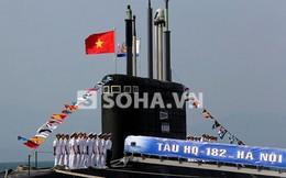ẢNH ĐẶC BIỆT: Hoành tráng lễ tiếp nhận tàu ngầm Kilo Hà Nội