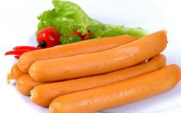 Sự thật hoảng sợ dành cho mẹ Việt hay mua xúc xích cho con ăn