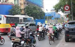 Cấm taxi để thi công đường sắt Nhổn - ga HN: Quá nhiều phiền toái
