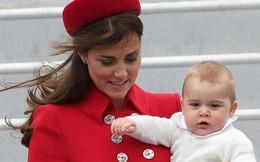 Hoàng tử nhí nước Anh cực đáng yêu đi công du nước ngoài